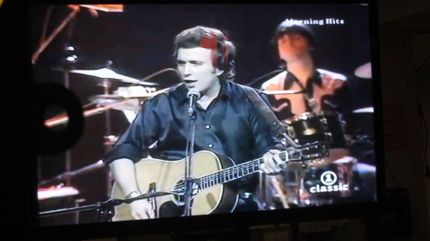 Don McLean singing 'American Pie' on the Big Screen